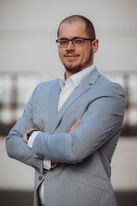 Realitný maklér, riaditeľ realitnej kancelárie DELTA PROPERTY Trenčín Martin Grunta BYVAKOM